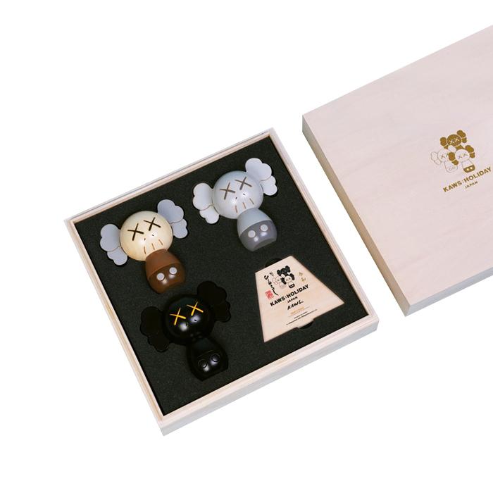 Holiday-JP-Kokeshi-Doll-Set-of-3