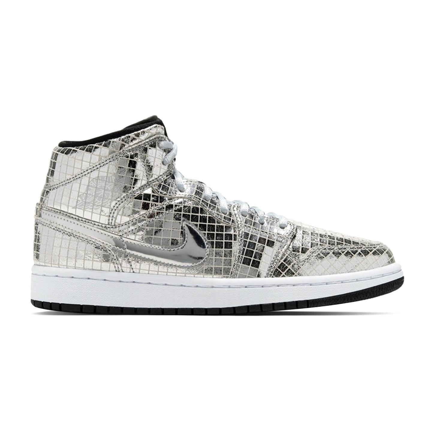 Air-Jordan-1-Mid-SE-Disco-Silver-W